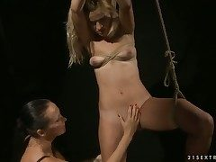 Blonde with gigantic breasts loves Mandy Brights