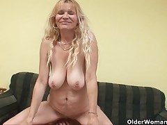 Older mom with obese tits with the addition of hairy pussy gets facial