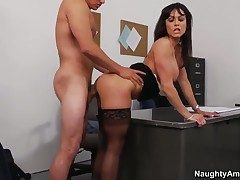 Tyler Nixon has fantastic dealings just about Kendra