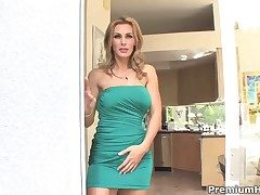 Tanya Tate finds in the flesh slatternly mans sturdy ram keep out