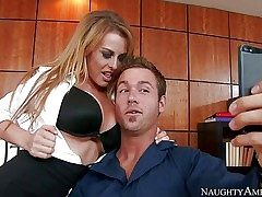 Whorey babe Corinne Blake shows her brilliant big baps to