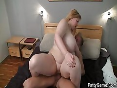 Rock hard hook-up with fatty after massage